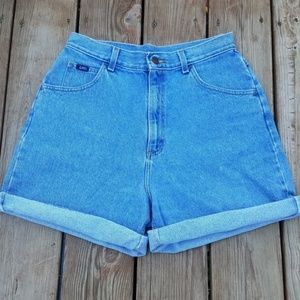 《24》Vintage Lee's High Waist Shorts
